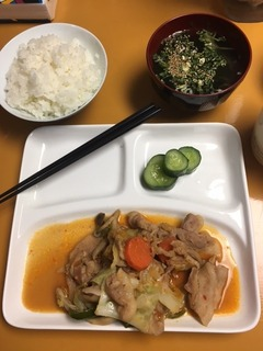 20161025_お肉と野菜炒め.JPG